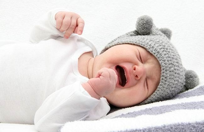 Segera Periksa Kemungkinan Hernia Pada Bayi