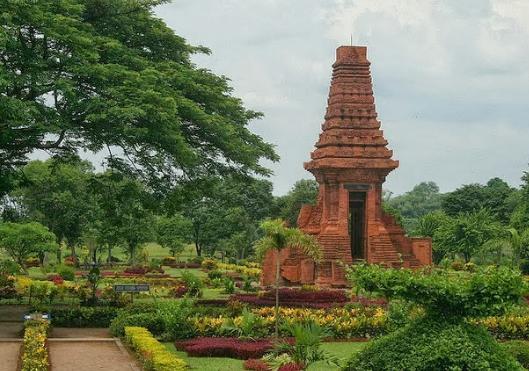 Tempat Wisata Wajib dikunjungi di Mojokerto